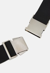 Mennace - AFTERMATH MENNACE HANDLE BUM BAG UNISEX - Bæltetasker - black - 3