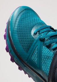Salomon - TRAILSTER GTX - Trail running shoes - deep lagoon/navy blazer/purple magic - 5