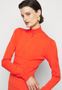 Hervé Léger - SPORTY SHEER T NECK LONG SLEEVE MINI - Shift dress - flame - 3