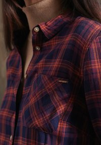 Superdry - Button-down blouse - navy rust check - 2