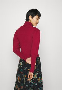 Farm Rio - PUFF SLEEVE TURTLENECK - Jumper - burgundy - 2