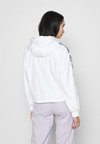 Tommy Jeans - TAPE SLEEVE  - Summer jacket - white - 2