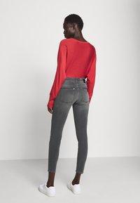 DRYKORN - PULL - Jeans Skinny Fit - grau - 2