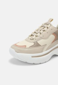 RAID - ROCKY - Sneakers laag - nude - 5