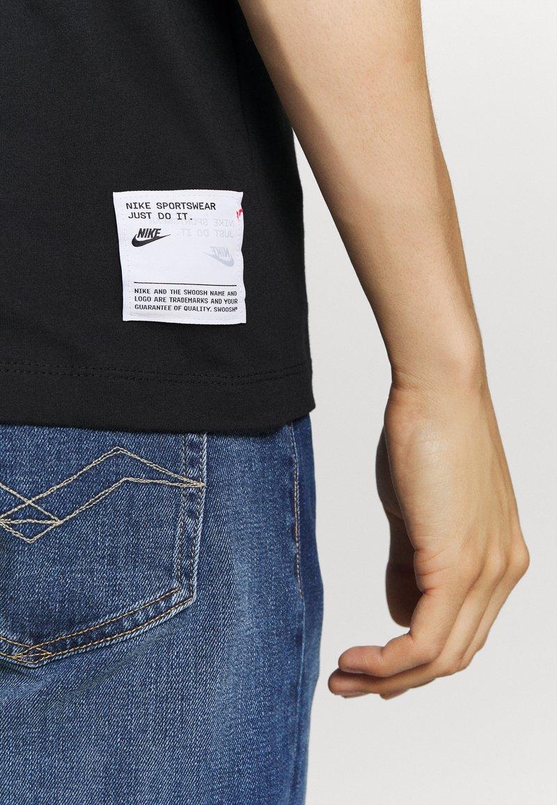 Nike Sportswear T-Shirt print - black/schwarz 7NaZJN