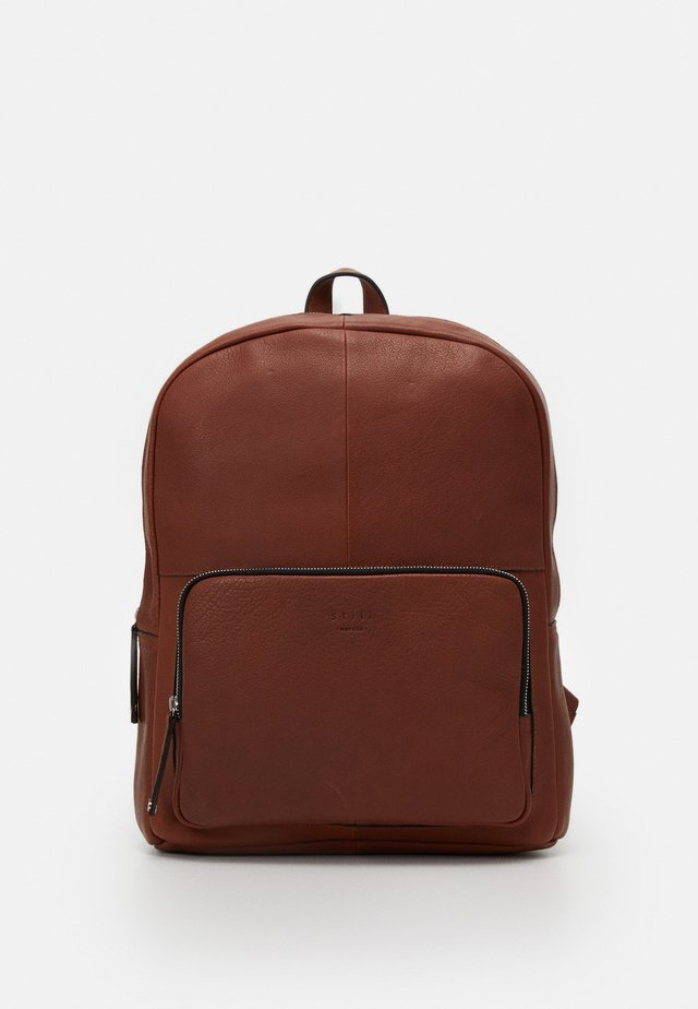 LUKE CLEAN BACKPACK - Tagesrucksack - brown