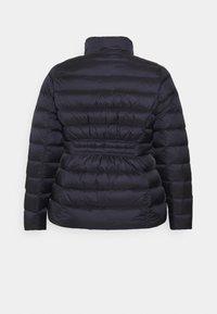 MICHAEL Michael Kors - SHORT PACKABLE - Down jacket - dark navy - 2