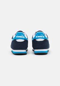 Diadora - SIMPLE RUN UNISEX - Neutral running shoes - corsair/sky/blue blithe - 2