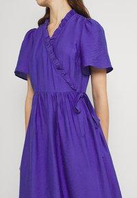 YAS - YASIRIS MIDI DRESS - Sukienka letnia - blue iris - 5