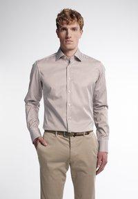 Eterna - SLIM FIT - Formal shirt - beige/weiss - 0
