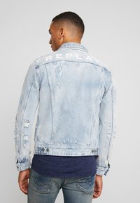 Replay - Denim jacket - super light blue - 2
