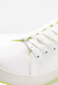 DKNY - BINDA LACE UP - Trainers - white - 2