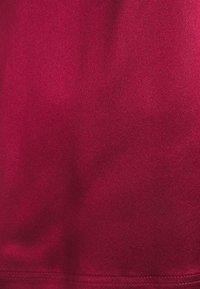 MAX&Co. - FLAVIA - Jednoduché triko - burgundy - 2