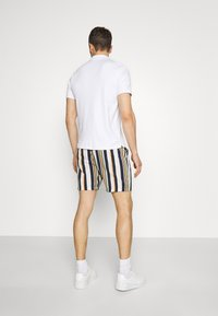 Selected Homme - SLHJOEL - Shorts - egret - 2