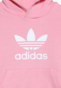 adidas Originals - TREFOIL HOODIE SET UNISEX - Trainingspak - light pink/white - 6