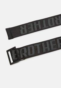 Blood Brother - ARSENAL - Pásek - black - 1