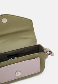 Pieces - PCPUPLIA CROSS BODY - Across body bag - bridal rose/green/silver-coloured - 2