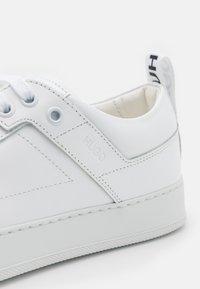 HUGO - MAYFAIR - Sneakers laag - white - 6