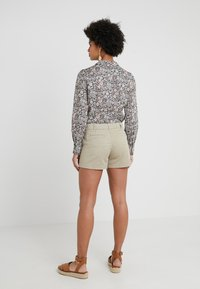J.CREW - Shorts - khaki - 2