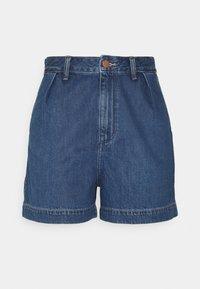 Wrangler - MOM - Shorts di jeans - lake side - 0