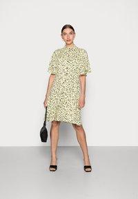 Selected Femme - UMA SHORT DRESS - Shirt dress - young wheat - 1
