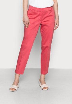 TROUSER - Spodnie materiałowe - red passion