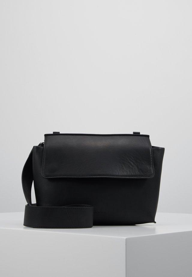 ELITE EVENING BAG - Torba na ramię - black