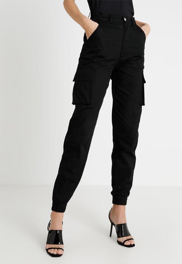 PLAIN CARGO TROUSER - Trousers - black