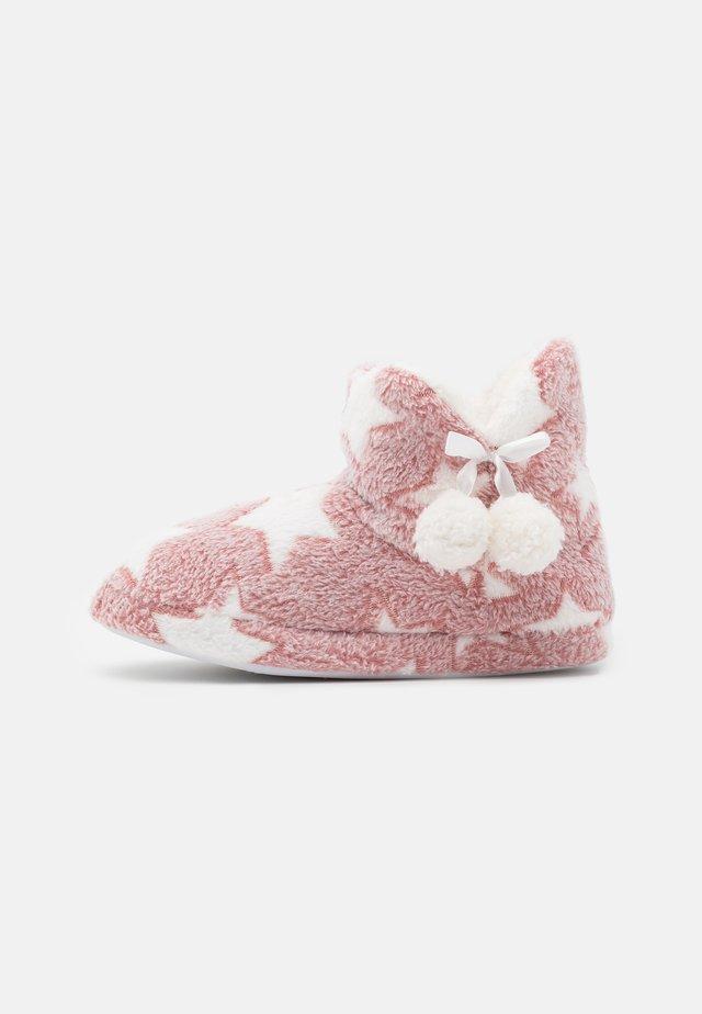 Tofflor & inneskor - pink
