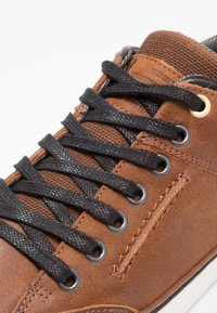 Bullboxer - Trainers - marron brown/black - 5