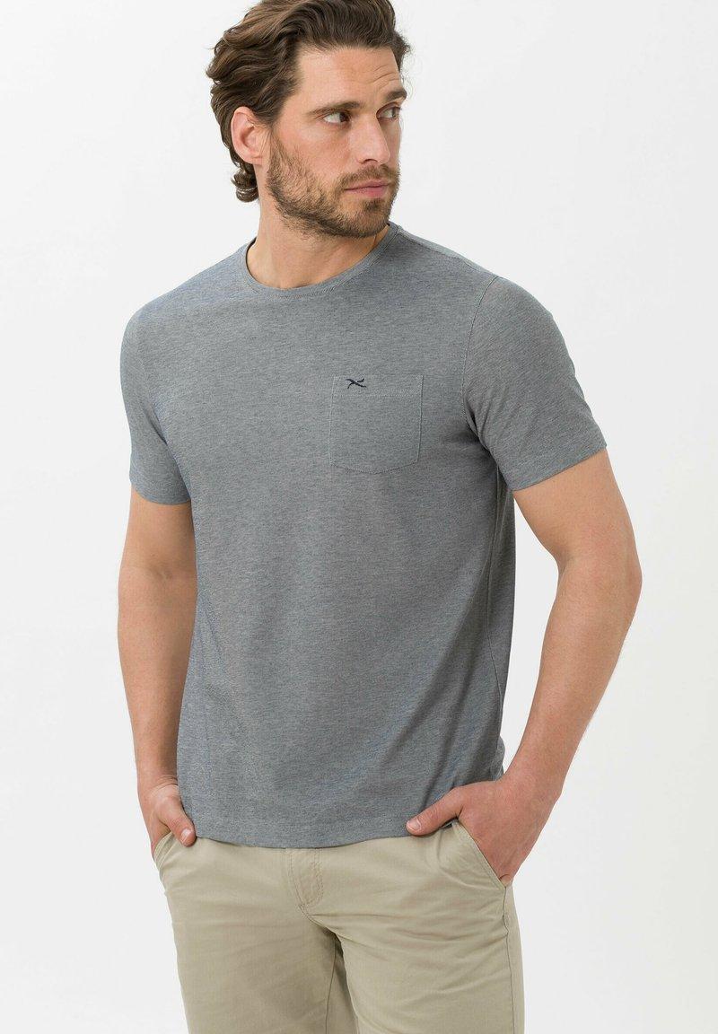 BRAX - Basic T-shirt - marine