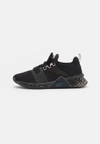 FLASHFILM TRAIN 2.0 - Zapatillas de entrenamiento - core black/neon mint