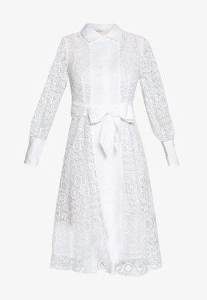 ABREUVOIR - Day dress - white