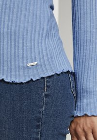 TOM TAILOR DENIM - Long sleeved top - summer blue - 4