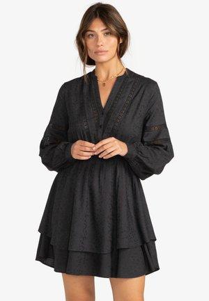 SONG - Robe chemise - off black