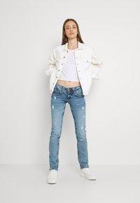 Pepe Jeans - VENUS - Straight leg jeans - denim - 1