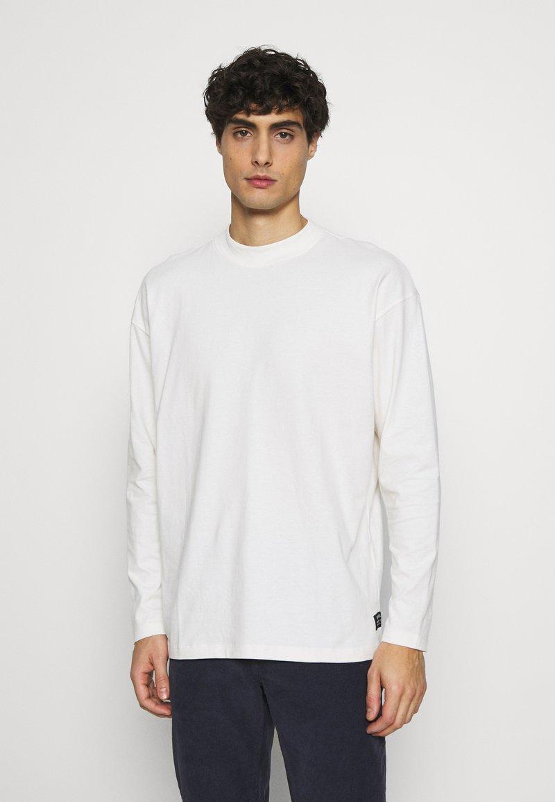 TOM TAILOR DENIM - HIGH COLLAR - Long sleeved top - white