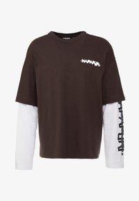 Napapijri The Tribe - SOLT - Langærmede T-shirts - choco brown - 4