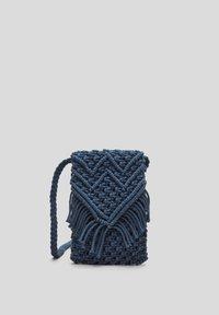 s.Oliver - IN MAKRAMEE OPTIK - Across body bag - dark blue - 5