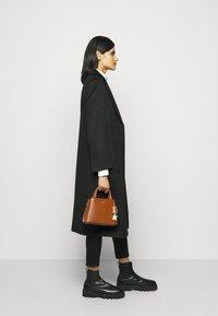 DKNY - SATCHEL - Handbag - caramel - 0