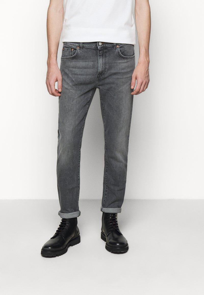 Won Hundred - DEAN - Slim fit jeans - clean black