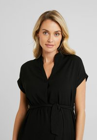 New Look Maternity - MARA OHEAD BELTED TUNIC - Blouse - black - 3