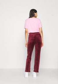 Gina Tricot - CECILIA TROUSERS - Træningsbukser - cordovan - 2