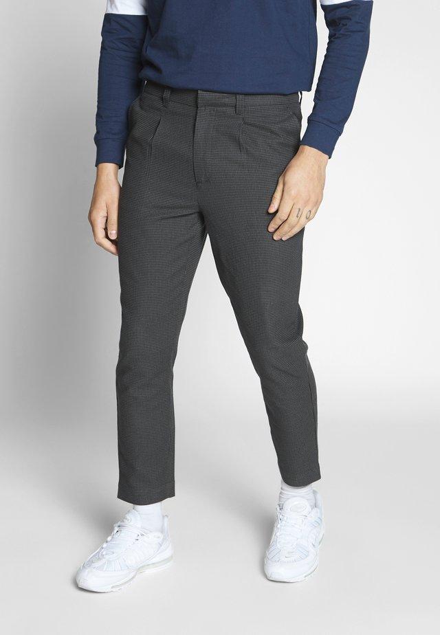 BEECH TROUSER - Spodnie materiałowe - black