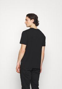 Converse - BALL TEE - Print T-shirt - black - 2