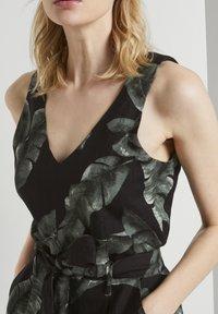 mine to five TOM TAILOR - Jumpsuit - black tropical leaves design - 3