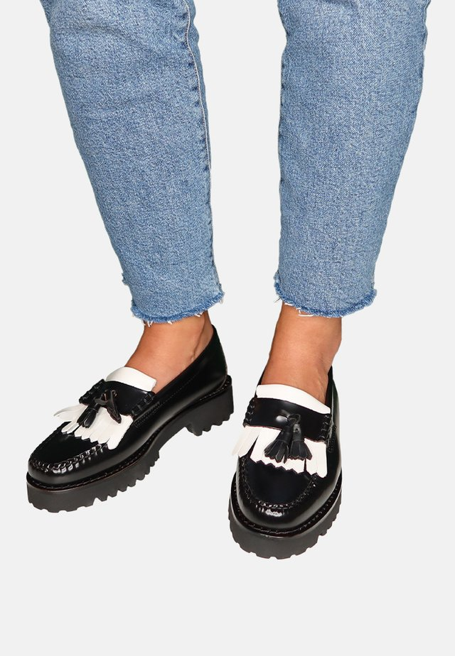 ESTHER KILTIE - Slip-ons - black & white leather