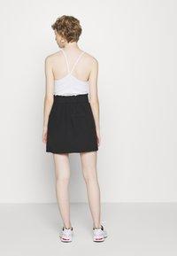 ONLY - ONLMIRANDA SKIRT - Mini skirt - black - 2