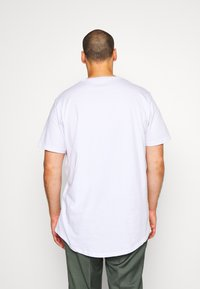 Cotton On - ESSENTIAL LONGLINE CURVED 3 PACK - Basic T-shirt - white - 2