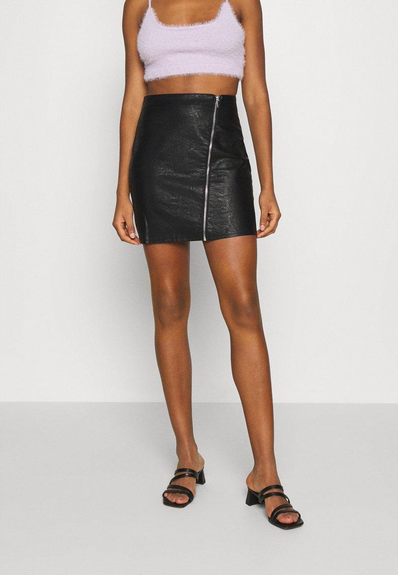 Vila - VIBALINI SHORT SKIRT - Mini skirt - black